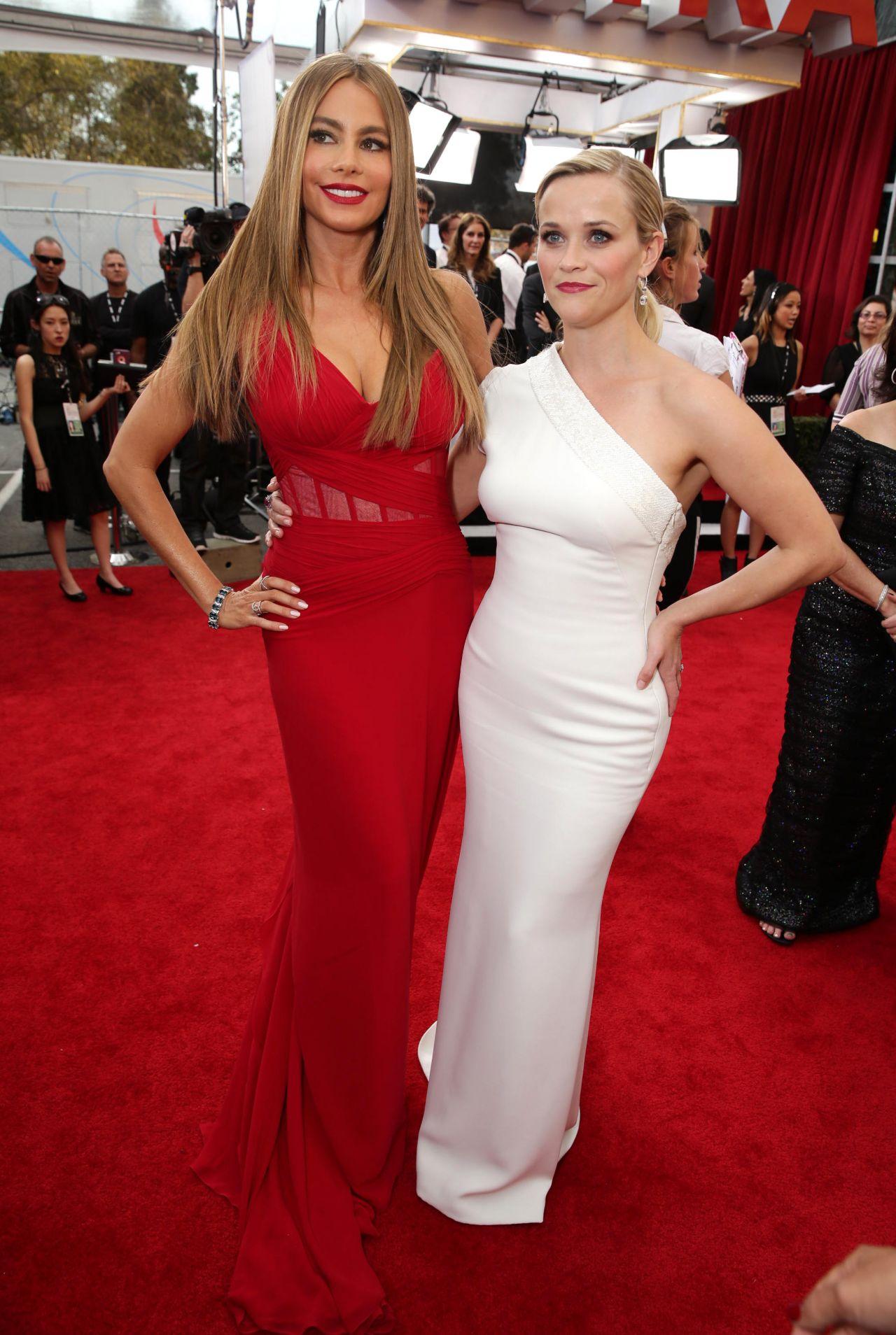 Reese Witherspoon, Sofia Vergara, SAG Awards